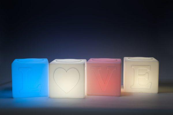 The Love Lamp Packshot