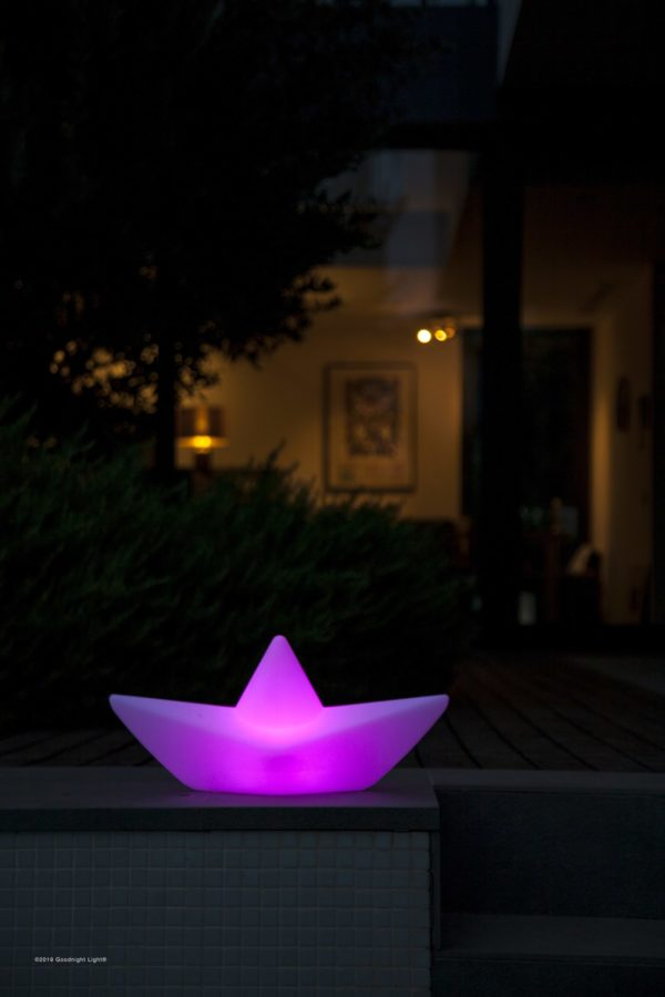 The Boat Lamp - Night Pool