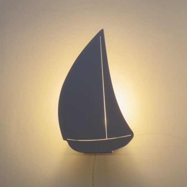 Bateau White Light