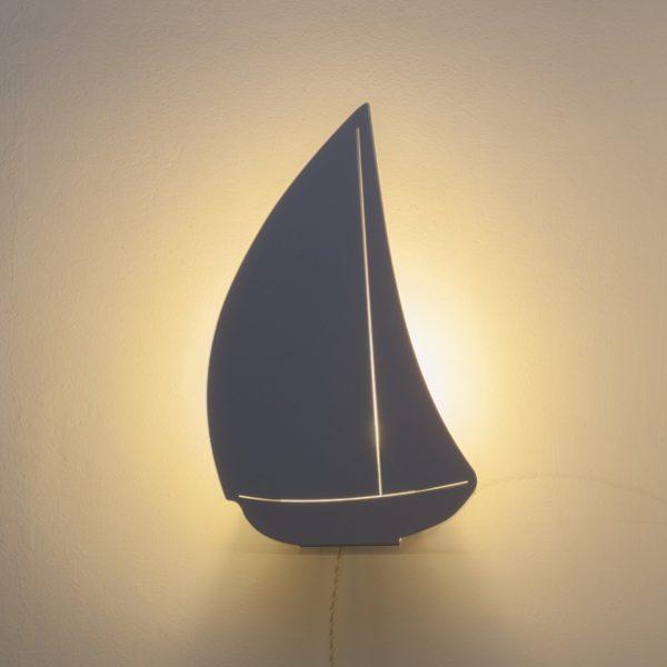 Bateau White Light